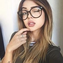 Jak dobrać okulary do kształtu twarzy? - LINK W KOM!