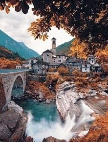 Located in Switzerland Dest...