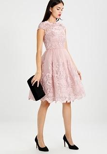 Piękna koronkowa sukienka C...