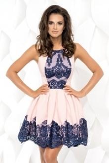 Cudowna sukieneczka z koron...