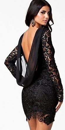 Czarna sukienka z gipiurowej koronki. Przepiękna sukienka z nieelastycznej gi...