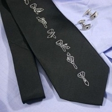 Krawat z graficzną instrukcją wiązania standardowego węzła. Prezent na Dzień ...