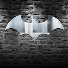 Lustro w kształcie logo BATMANA