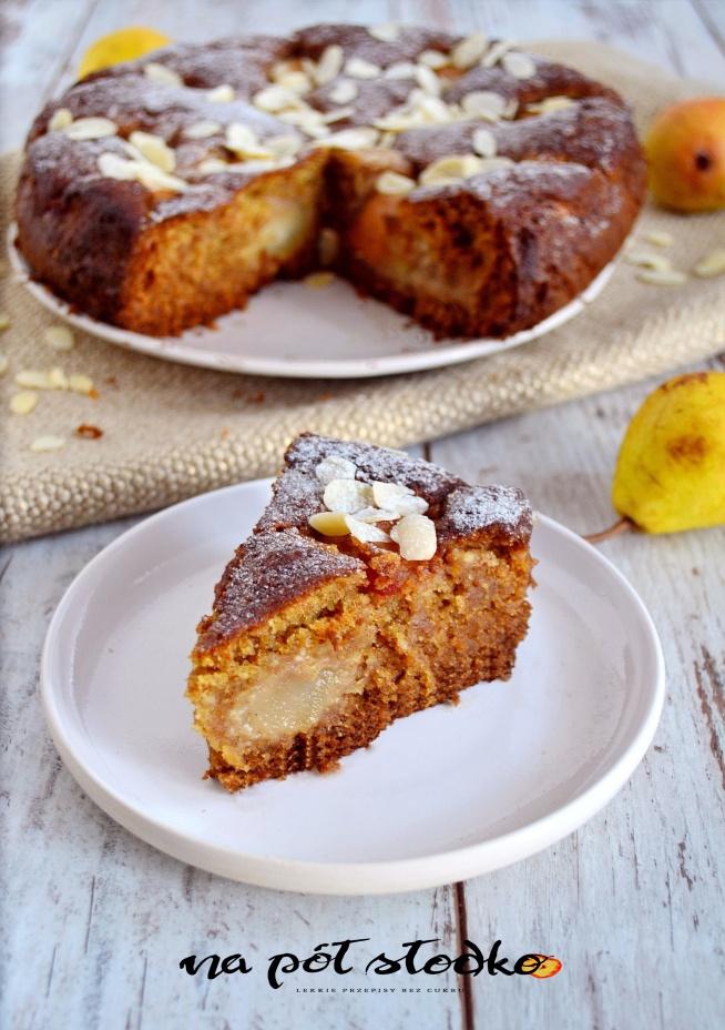Migdałowe ciasto z gruszkami bez cukru, mleka i jaj. Przepis po kliknięciu w zdjęcie :-)