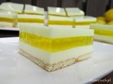 Ciasto cytrynowe bez pieczenia   Połączenie herbatników, cytrynowej pianki, g...
