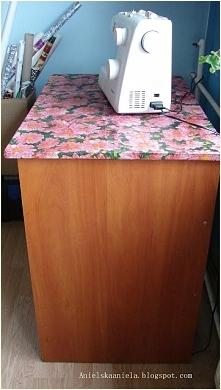 Stół pod maszynę do szycia Diy