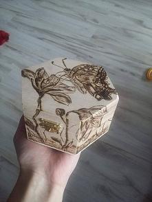 wypalana szkatułka