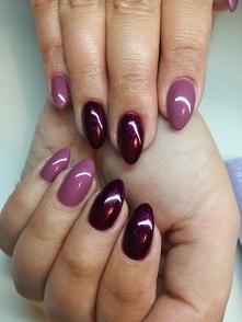 paznokcie w kolorze różowego i czerwonego wina
