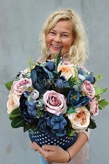 piękny granatowy flower box od tendom.pl