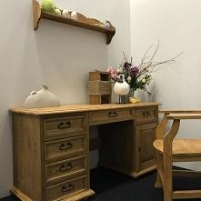 sosnowe biurko woskowane fu...
