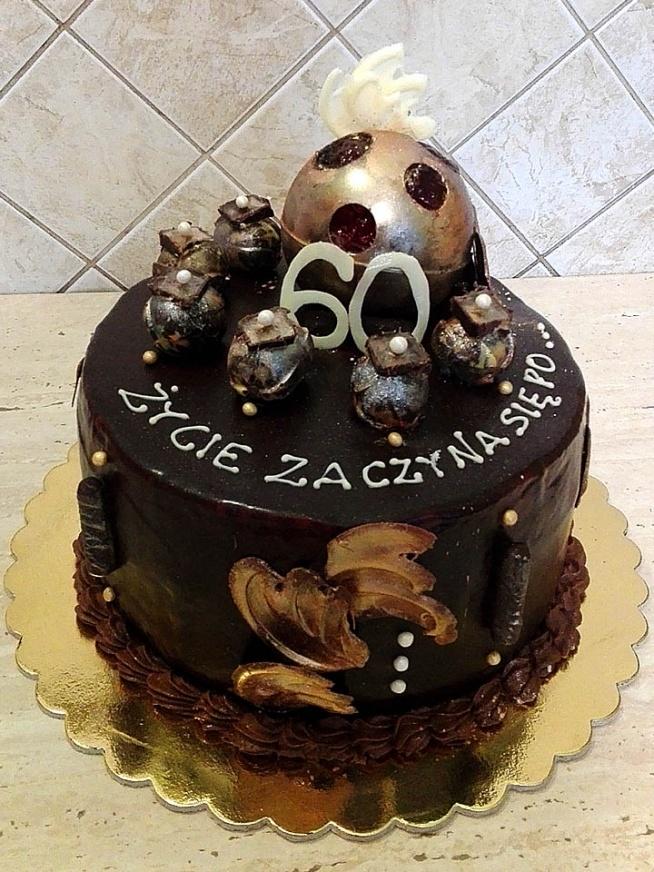 Tort na 60 urodziny