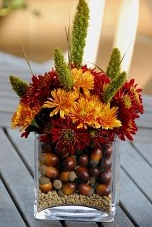 przepiękny jesienny stroik.