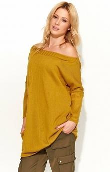 Makadamia S51 sweter musztardowy Komfortowy sweter, luźny fason, długie rękawy wykończone ściągaczami, dekolt zmysłowo opada na ramiona