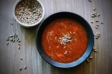 Pomidorowa zupa krem z czerwoną soczewicą. Zupa pomidorowa w trochę innym wydaniu. Prosta w przygotowaniu, pikantna w smaku. Pomidorowa zupa krem na bazie czerwonej soczewicy z ...