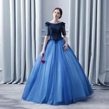 Piękne Granatowe Sukienki N...