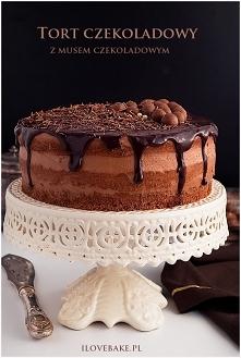 Tort czekoladowy z musem cz...