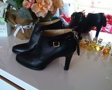 Sprzedam oryginalne botki Dolce&Gabbana , buty są skórzane w bardzo dobry...