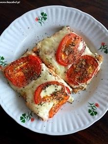 Przepis na filety z pstrąga łososiowego zapiekane z mozzarellą i pomidorami, ...