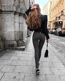 Te włosy , figura iii spodnie mega ♥ wie ktoś czy wygodne ?