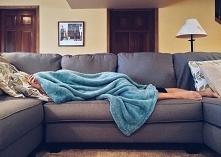 Chroniczne zmęczenie zwykle kojarzy się z przepracowaniem, niewyspaniem jedna...