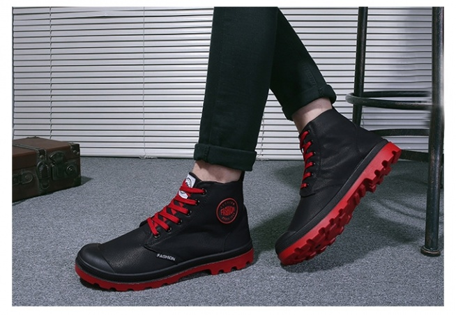Męskie, solidne buty trekkingowe za kostkę w 3 kolorach. Kliknij w zdjęcie i zobacz, gdzie kupić :)