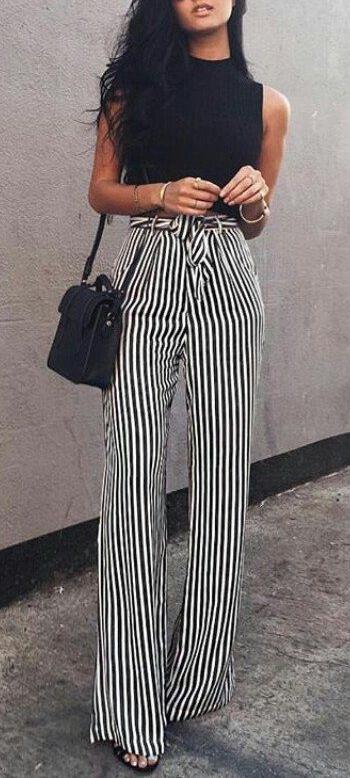Piękne, wracające do mody spodnie. Elegancja Francja! Fajne połączenie i zawsze pasujące! <3