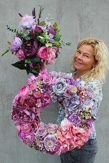 dekoracje ze sztucznych kwiatów - wianki, bukiety, wiązanki - pracownia tendom