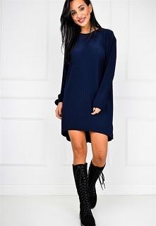 Plisowana asymetryczna sukienka oversize >> Sukienki.shop