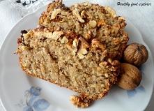 Chlebek bananowy z mielonych płatków owsianych i bananów oczywisćie :). Klik!