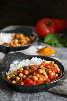 Ciecierzyca w pomidorach ze szpinakiem :) Pyszny obiad w 20 minut