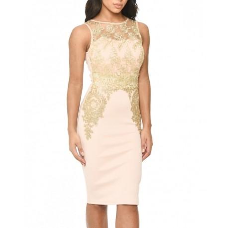Pudrowa ołówkowa sukienka midi ze złotą koronką wyszczuplająca