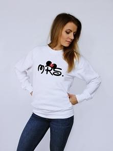 Modna bluza damska z nadrukiem MRS kokardka- bluza dla dziewczyny z kolekcji bluz dla par zakochanych z napisem MRS. Świetny pomysł na prezent dla dziewczyny na Walentynki, na u...