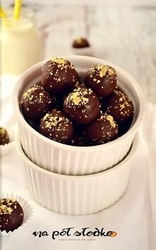 Dyniowo - orzechowe trufle w czekoladzie słodzone miodem (bez cukru rafinowan...