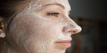 Jak usunąć plamy starcze z twarzy za pomocą aspiryny