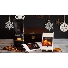 Zestaw prezentowy Baristo Micro Chest Zestaw zawiera: Opakowanie Baristo Micro Chest (+ indywidualny grawer,dowolną Kawę Baristo 250g, czekoladę Lindt 100g