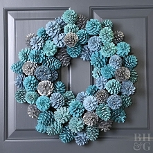 Dress Up Your Door with this DIY Ombre Pinecone Wreath