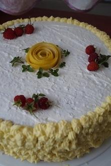 Tort cytrynowo – kokosowy z...