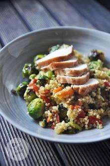 Kasza jęczmienna z kurczakiem i warzywami