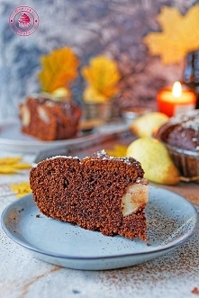 Czekoladowe ciasto z gruszkami - Wypieki Beaty