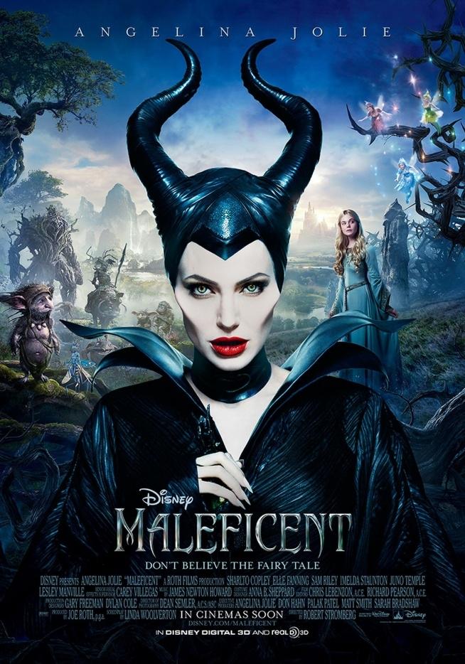 Maleficent - z disneyowskiego nazego polskiego - Diabolina ;) koniecznie obejrzyjcie z lektorem (lub bez), zeby posłuchać głosu Angeliny, jest niesamowita w tym filmie. Piękna baśń o śpiącej królewnie, wzruszająca i opowiedziana inaczej, niż ją pamiętamy. Zakochałam się totalnie:)