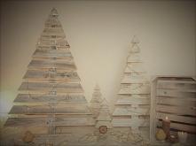 Choinki Kolor: bielone drewno Wysokości: 150cm, 130cm, 100cm,70cm.