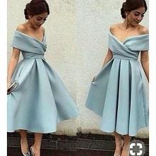 Pomóżcie! Jaki kolor butów do tej sukienki? Byle nie srebrne.