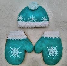 Komplet na zimę, szalik i rękawiczki z piernika :)