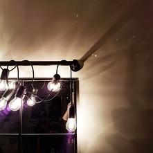 Girlanda żarówkowa- lampki DIY
