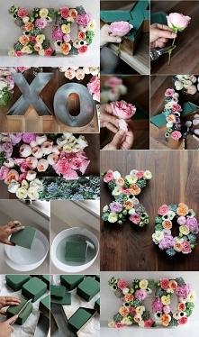 XOXO kwiatowe napisy na weselu zawsze spoko! Możecie zrobić sami♥ DIY.