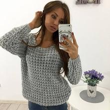 Ciepły sweter ażurowy