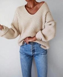 Stylizacja z beżowym swetrem oversize - LINK W KOM!