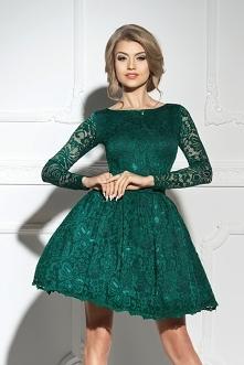 sukienkowo.com DIANA - Rozkloszowana koronkowa sukienka szmaragdowa Kliknij w...