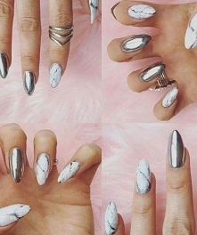 Nails Silver Stone