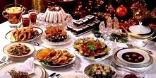 Stół wigilijny. 12 potraw...